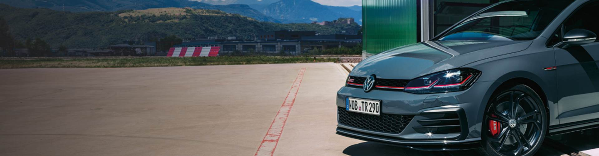 NEW-Golf-GTI-TCR