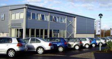 Mon Motors Chippenham (Approved Ford Repairer)